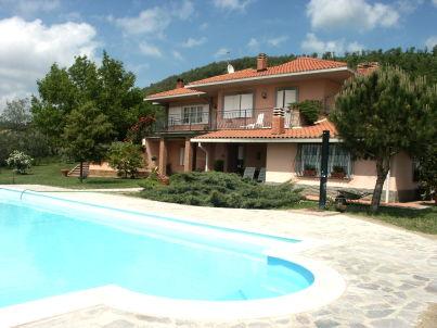 """""""Villa Montsegnale"""" mit Pool"""