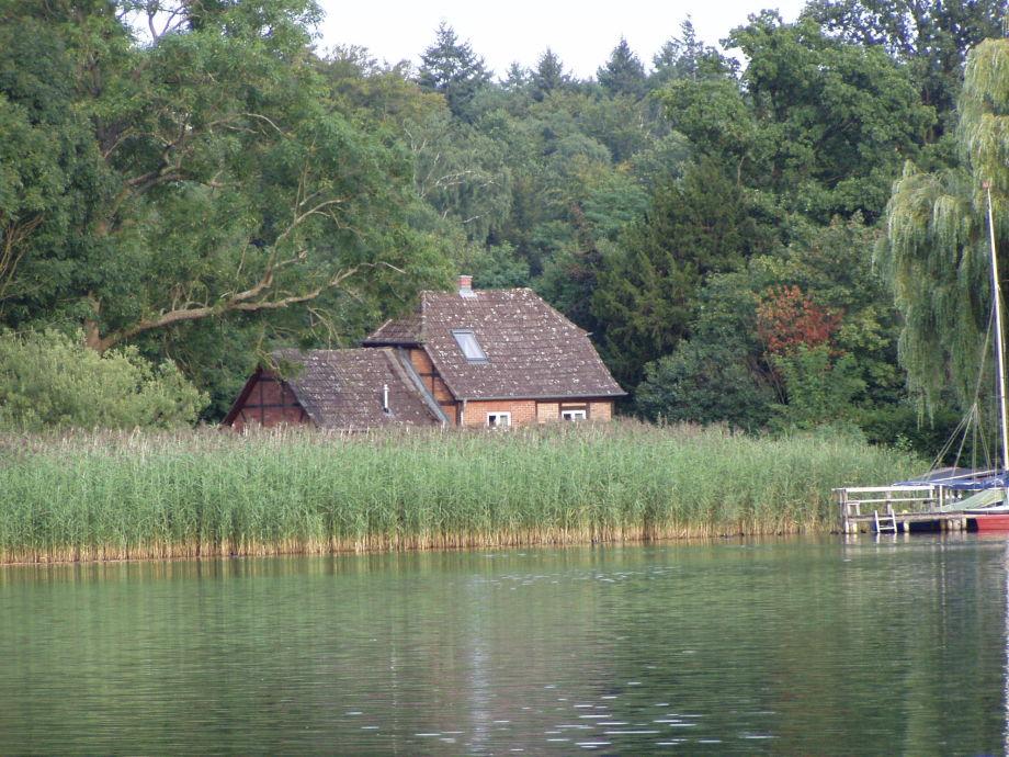 Das Ferienhaus von der Seeseite