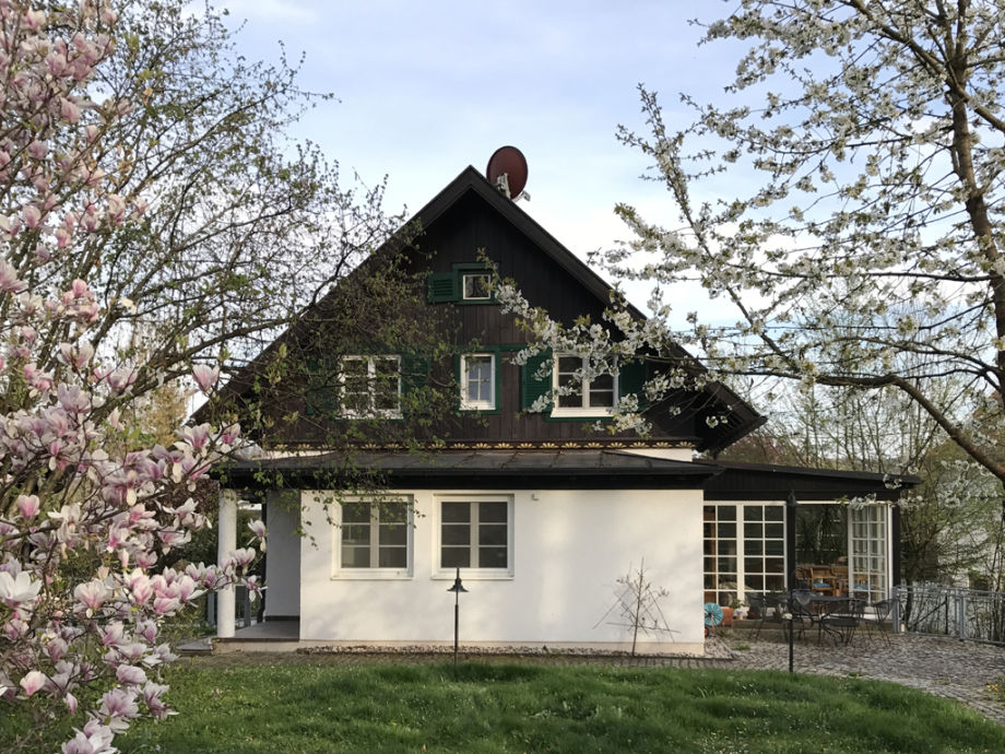 Geräumiges Ferienhaus am Ammersee, ideal 4-6 Personen