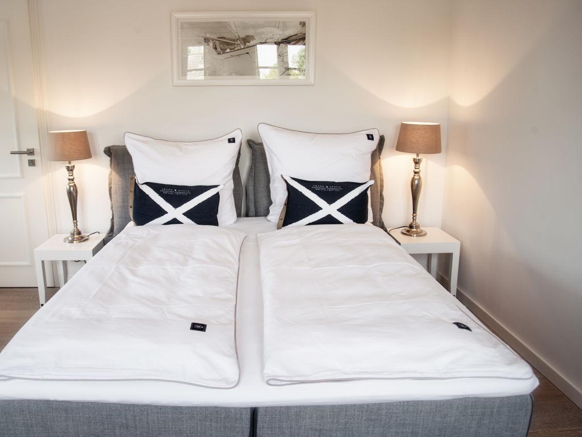 ferienwohnung hooks backbord hooksiel firma k ppers grundst cksverwaltung hooksiel gbr. Black Bedroom Furniture Sets. Home Design Ideas