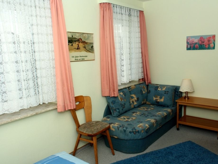 ferienwohnung ekke nekkepenn 7 wyk auf f hr firma h rmann urlaubsdomizile f hr gmbh frau. Black Bedroom Furniture Sets. Home Design Ideas