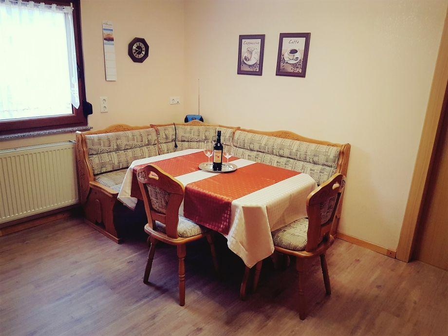 ferienwohnung im haus marlies pf lzerwald frau marie luise muth. Black Bedroom Furniture Sets. Home Design Ideas