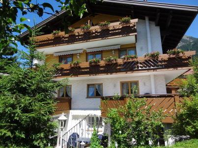 Sonnenheim three-room