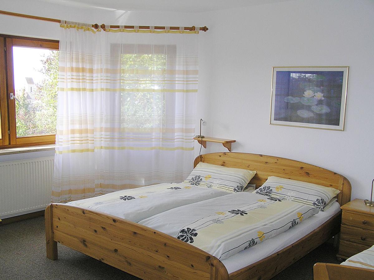 ferienwohnung haus vogesenblick weil am rhein tlingen frau irene murmann. Black Bedroom Furniture Sets. Home Design Ideas