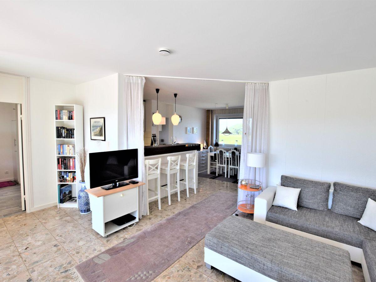 ferienwohnung mare nostrum hohwacht ostsee firma fewo agentur hohwacht familie angela. Black Bedroom Furniture Sets. Home Design Ideas