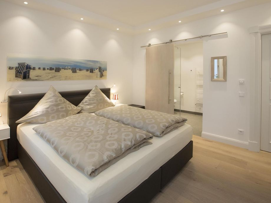 ferienwohnung spa apartment first sellin r gen herr marc autenrieth. Black Bedroom Furniture Sets. Home Design Ideas