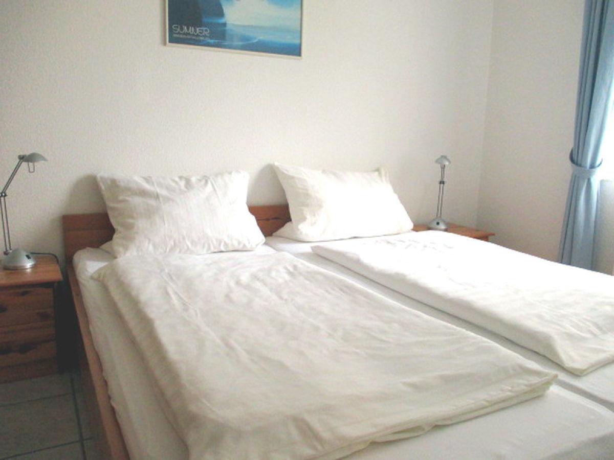 ferienwohnung 2 am koper sand 28 norden norddeich. Black Bedroom Furniture Sets. Home Design Ideas