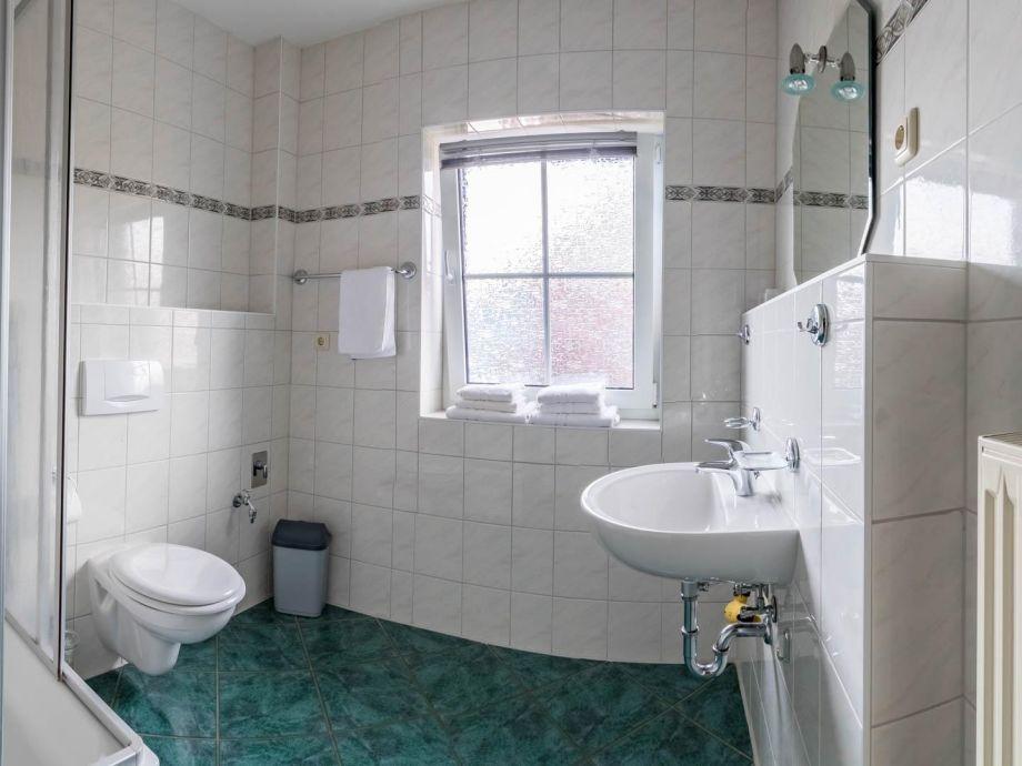 Ferienwohnung Kristall 2: Badezimmer Mit DU/WC.