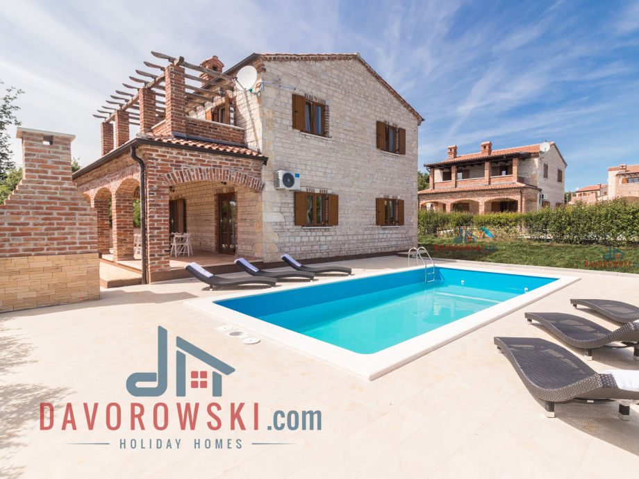 Villa Berenice in Istria with 32m2 pool and barbecue
