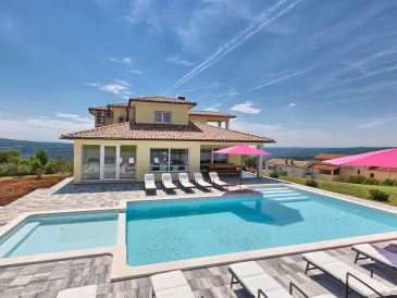 Holiday house Villa Karli
