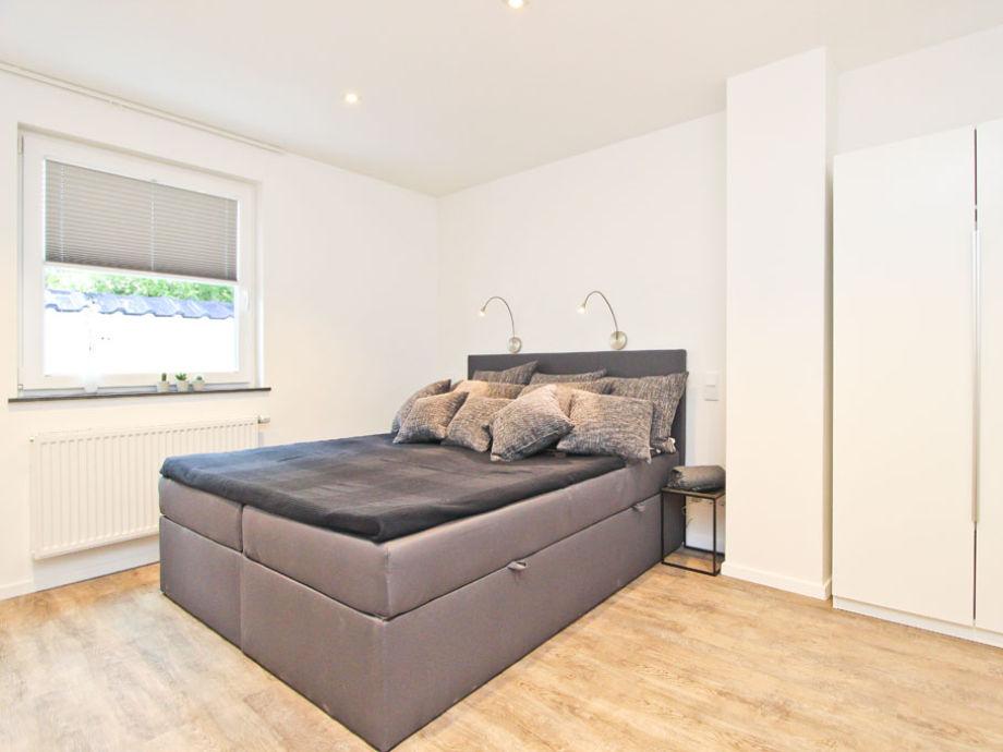ferienwohnung waterkant 5 ostsee timmendorfer strand firma b bs appartements herr bastian. Black Bedroom Furniture Sets. Home Design Ideas