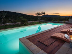 Luxus-Villa Antoneta mit Swimmingpool