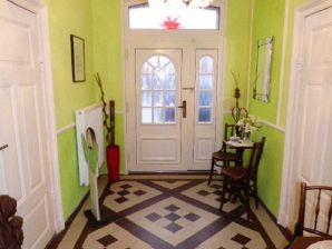 Ferienwohnung in der Villa Farbenfroh