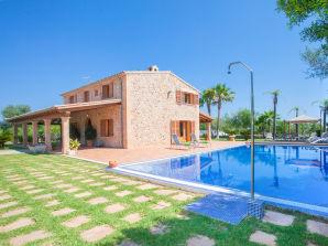 Villa Son Auba