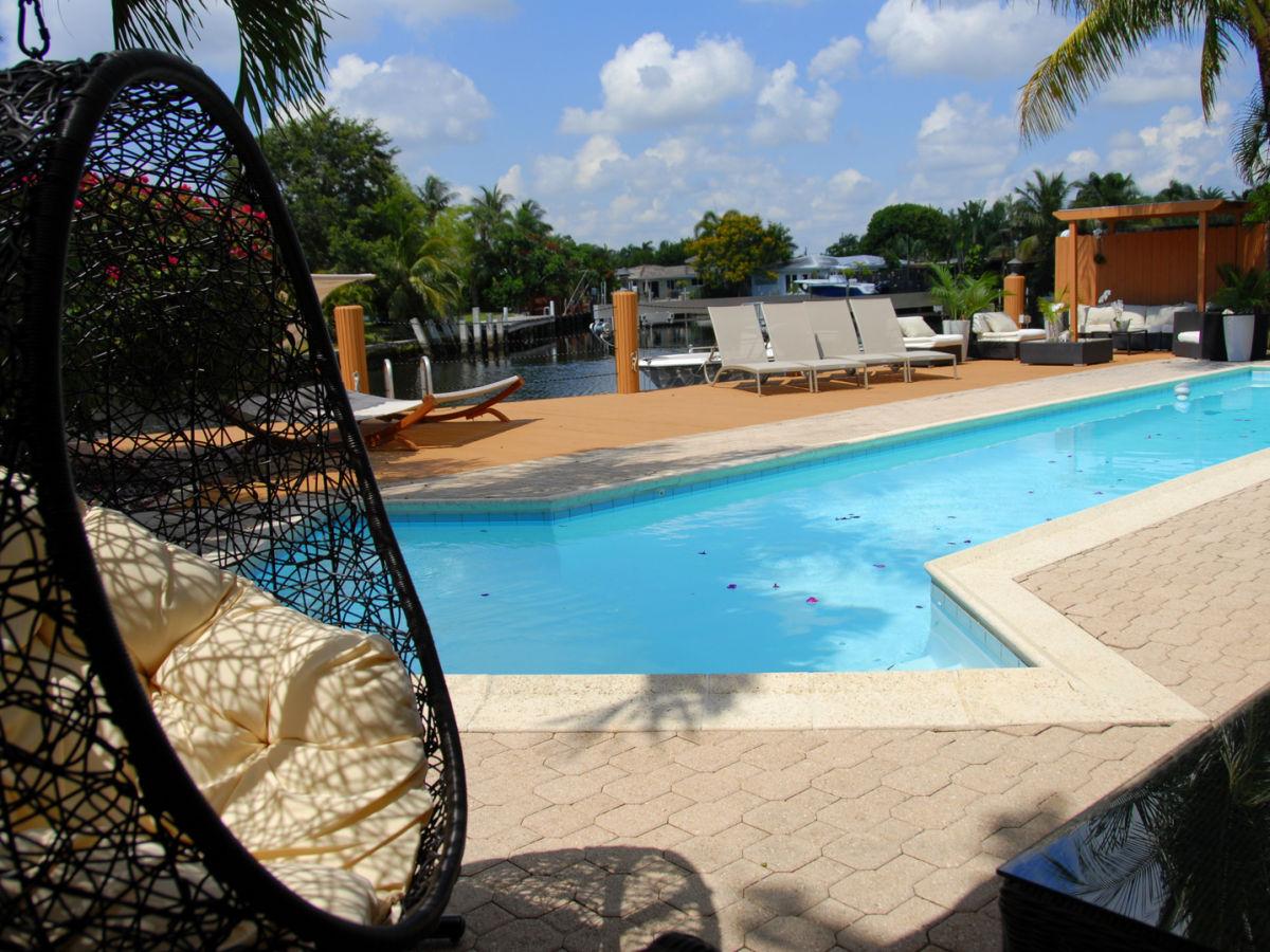 ferienhaus villa frangipani on the waterway s dliche ostk ste fort lauderdale frau susi. Black Bedroom Furniture Sets. Home Design Ideas