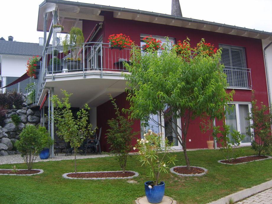 Moderne Ferienwohnung mit teilüberdachter Terrasse