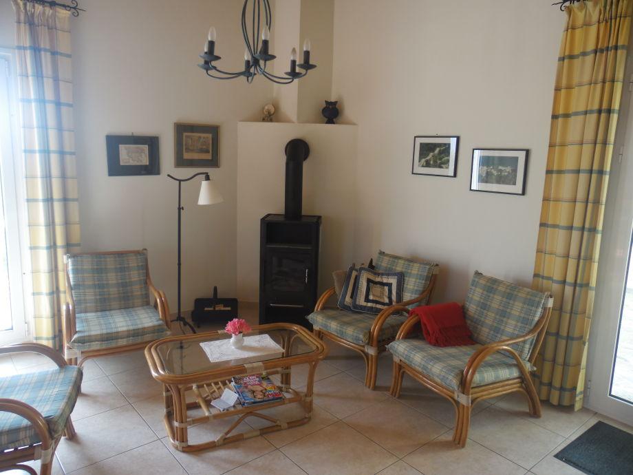 Ferienhaus oasis peloponnes herr axel koch for Sitzecke wohnzimmer