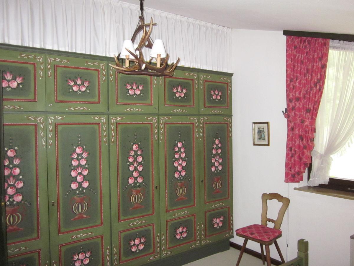 ferienwohnung gennrich salzburger land wolfgangsee. Black Bedroom Furniture Sets. Home Design Ideas