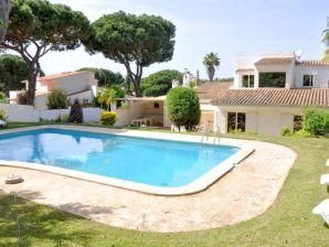 Ferienwohnung Villa Thiago