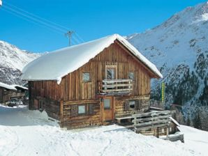 Alpine hut Arnold 3