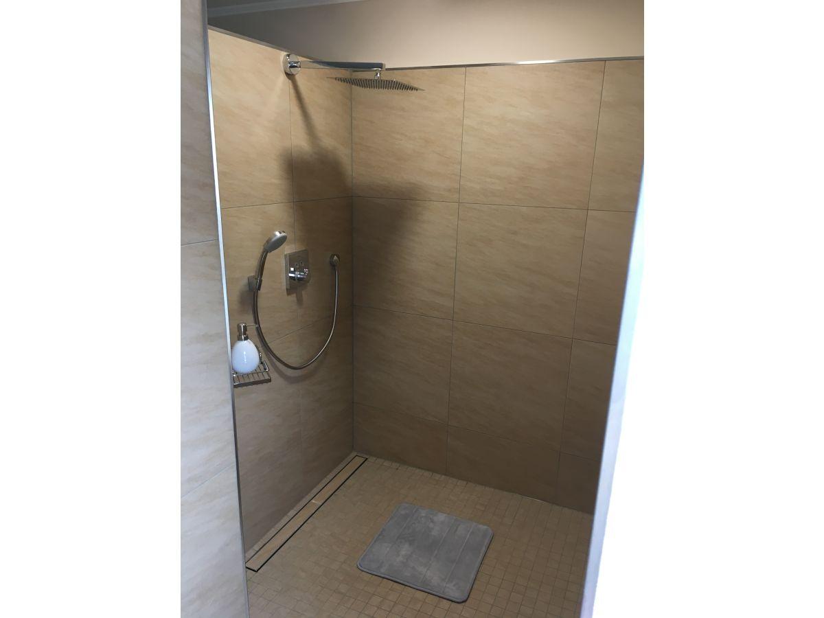 ferienwohnung meerblick f r 2 personen 50m wohnfl che ostsee firma ferienwohnungen. Black Bedroom Furniture Sets. Home Design Ideas