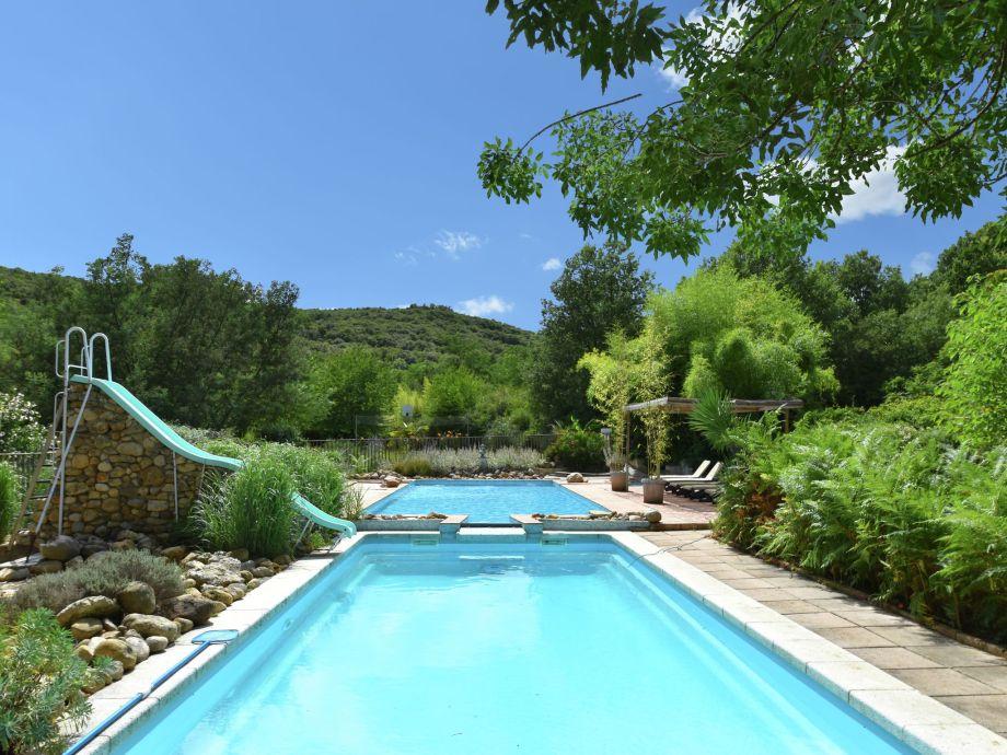 Außenaufnahme River Pool Villa