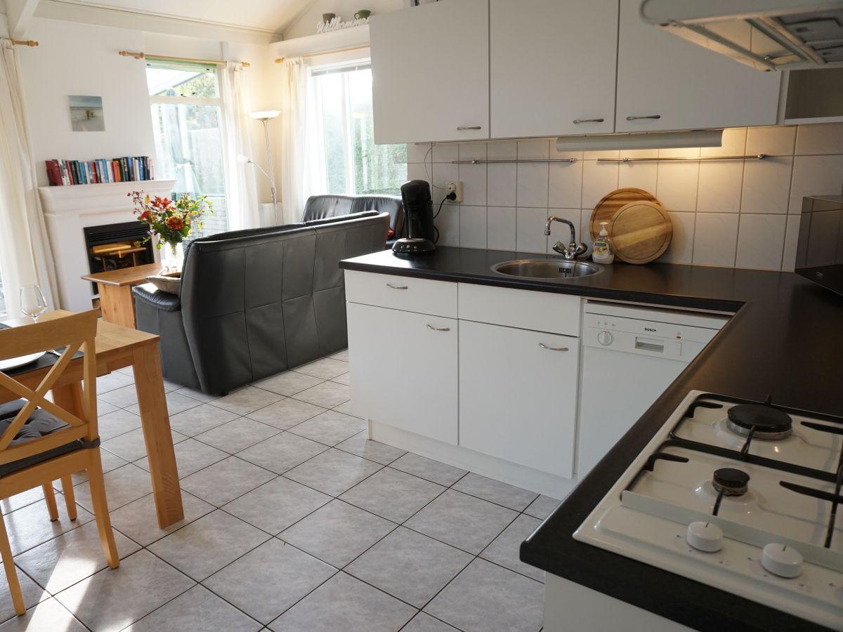ferienhaus strandslag 155 nord holland firma can vakantiehuizen herr roelof roos. Black Bedroom Furniture Sets. Home Design Ideas