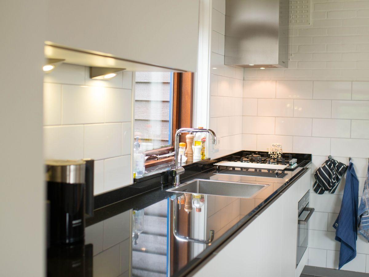 ferienhaus theijwerck s d holland ouddorp firma ouddorp connection frau jessica badenhop. Black Bedroom Furniture Sets. Home Design Ideas
