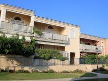 Apartment Apartment les Pins Bleus A8