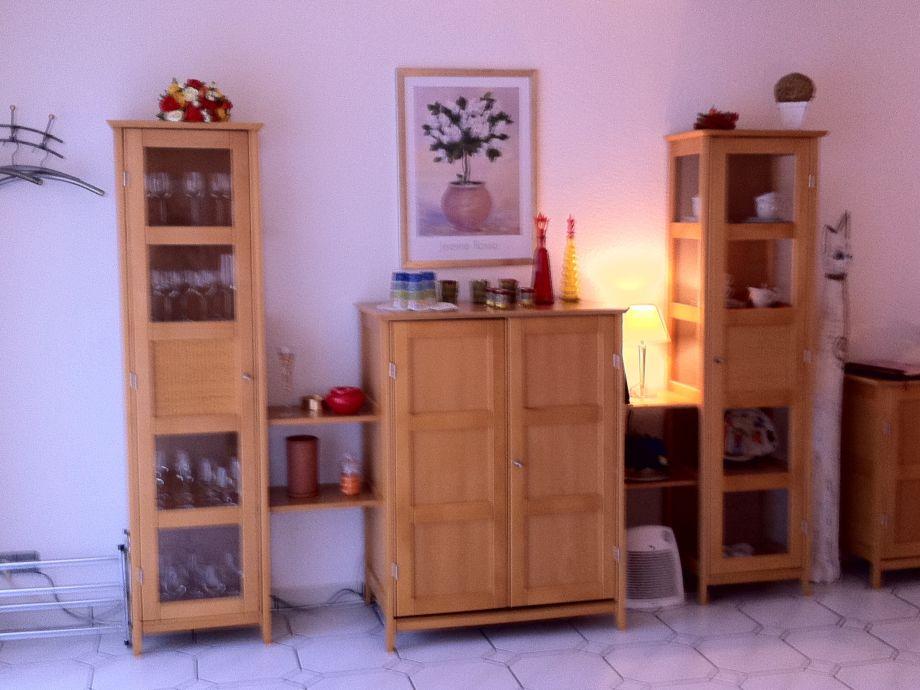 tv schrank zum schlie en m bel design idee f r sie. Black Bedroom Furniture Sets. Home Design Ideas