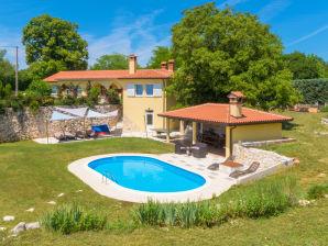 Villa Green Sky