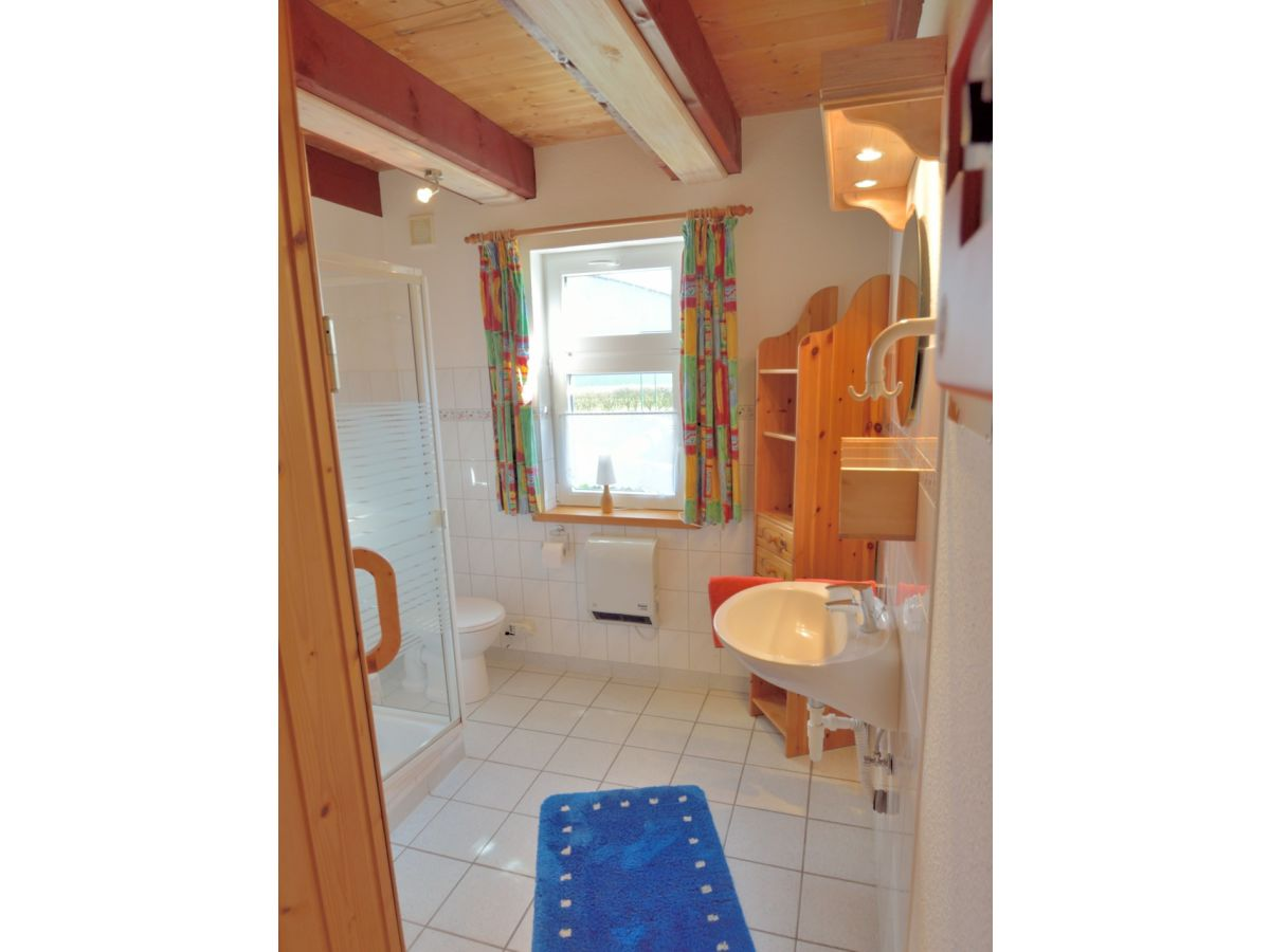 ferienhaus rotes sommerhaus am meer dithmarschen nordermeldorf herr bernd peters. Black Bedroom Furniture Sets. Home Design Ideas
