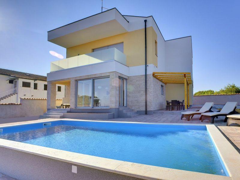 Villa 637