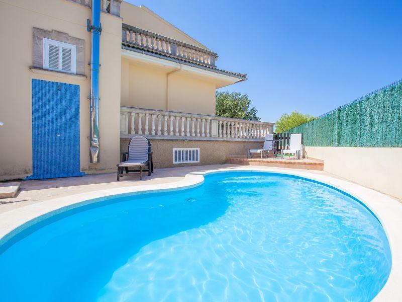 Villa Aram