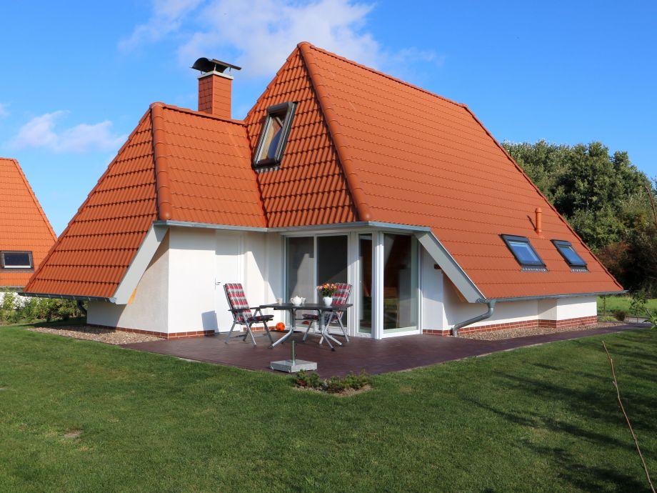 Fereinhaus Wiesenpieper mit großer S/W-Terrasse