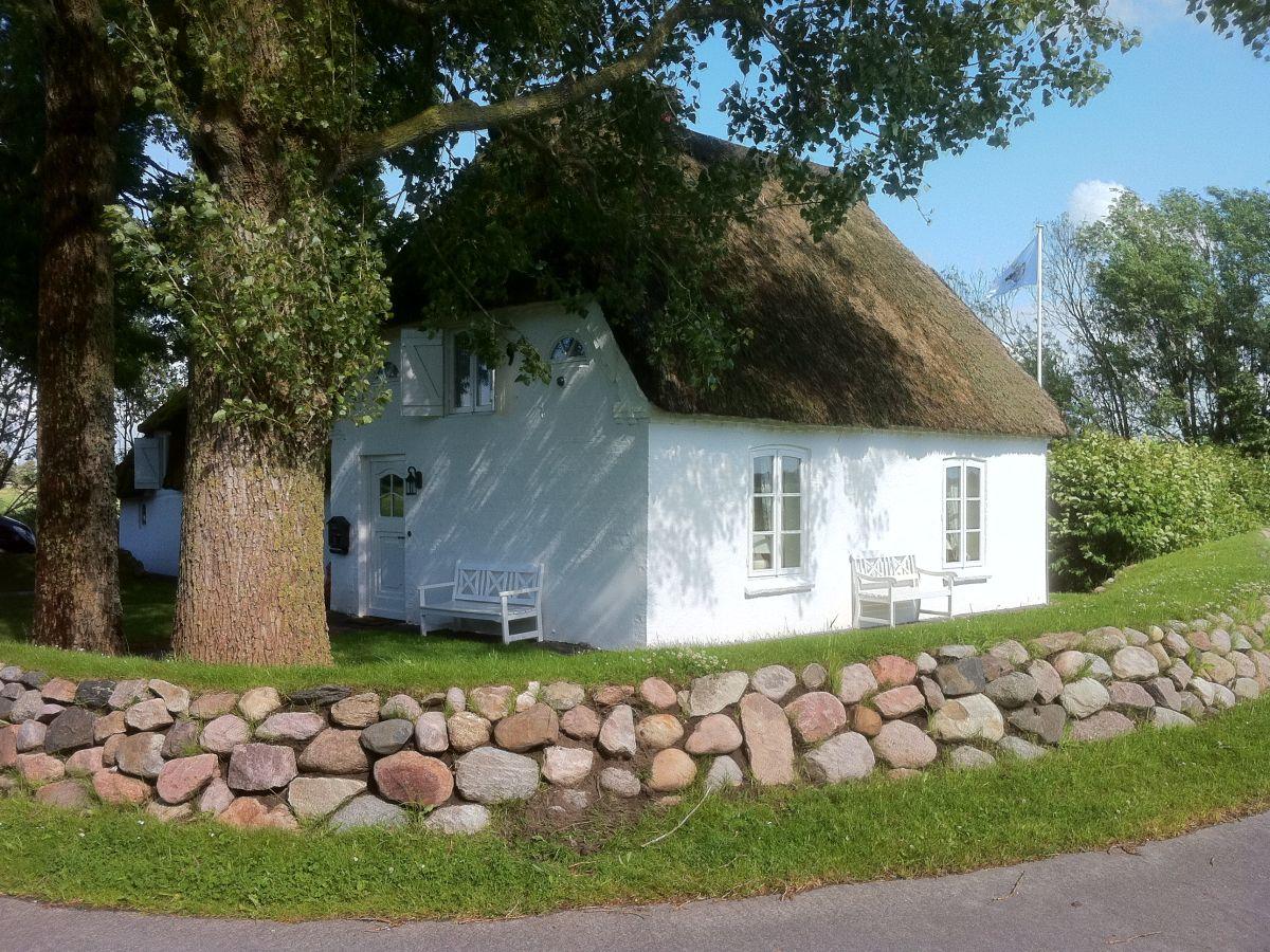 ferienhaus anno 1790, wöhrden, firma ferienhausvermietung