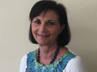 Your host Roberta Beucker Torres