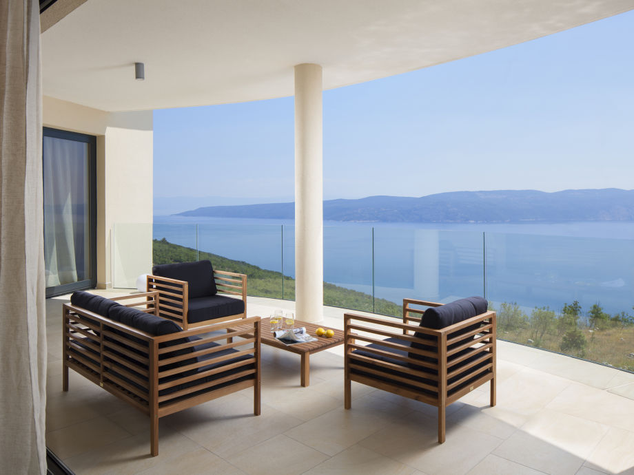 Balcony with breathtaking sea-view