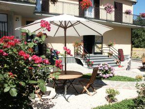 """Ferienwohnung """"Casa Sole"""" mit Pool am See"""