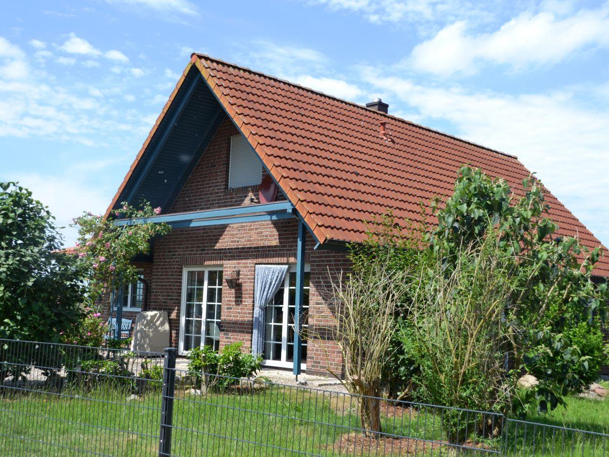 ferienhaus seekamp schleswig holstein ostsee hohwachter bucht firma ostsee. Black Bedroom Furniture Sets. Home Design Ideas