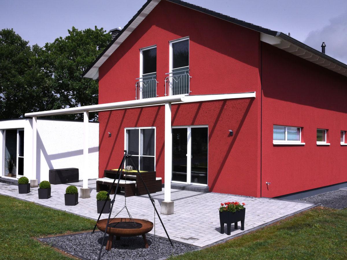 ferienhaus vulkaneifel residenz eifel firma nh. Black Bedroom Furniture Sets. Home Design Ideas