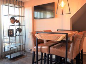 Nagelneues Design Apartment im Zentrum (DH116)
