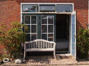 Ferienwohnung (WME46) Studio unter dem Deich