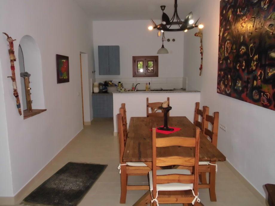 """Esszimmer """"La Bodega"""" mit 6 Plätzen mit großer Küche"""