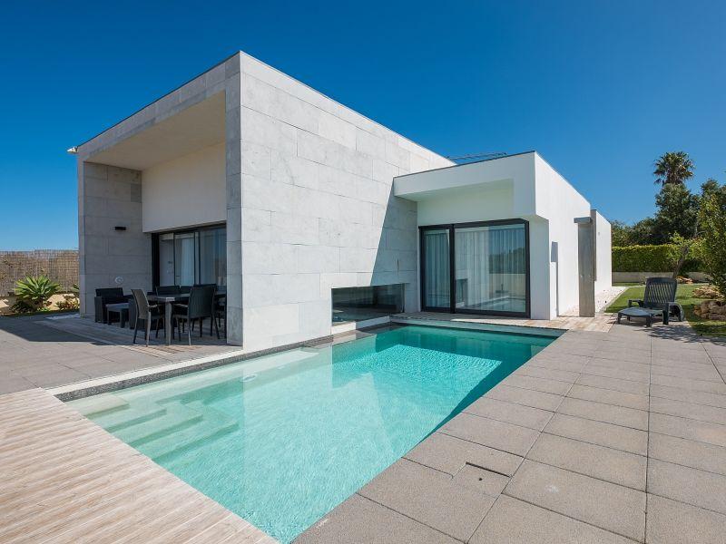 Villa RLUZ17