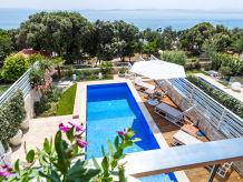 Villa BeachFront Villa Camelia-Sol