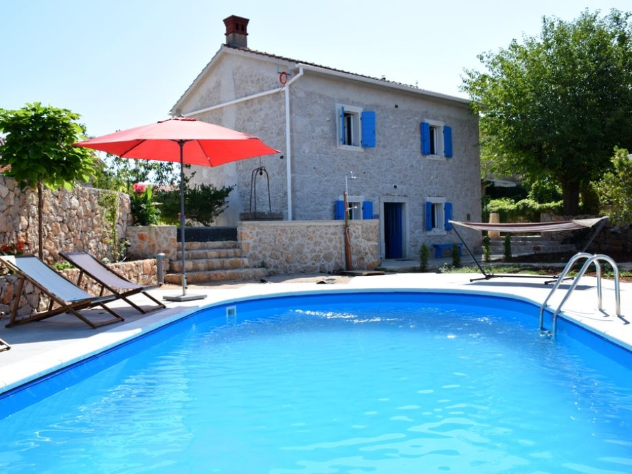Holiday home Ive with pool