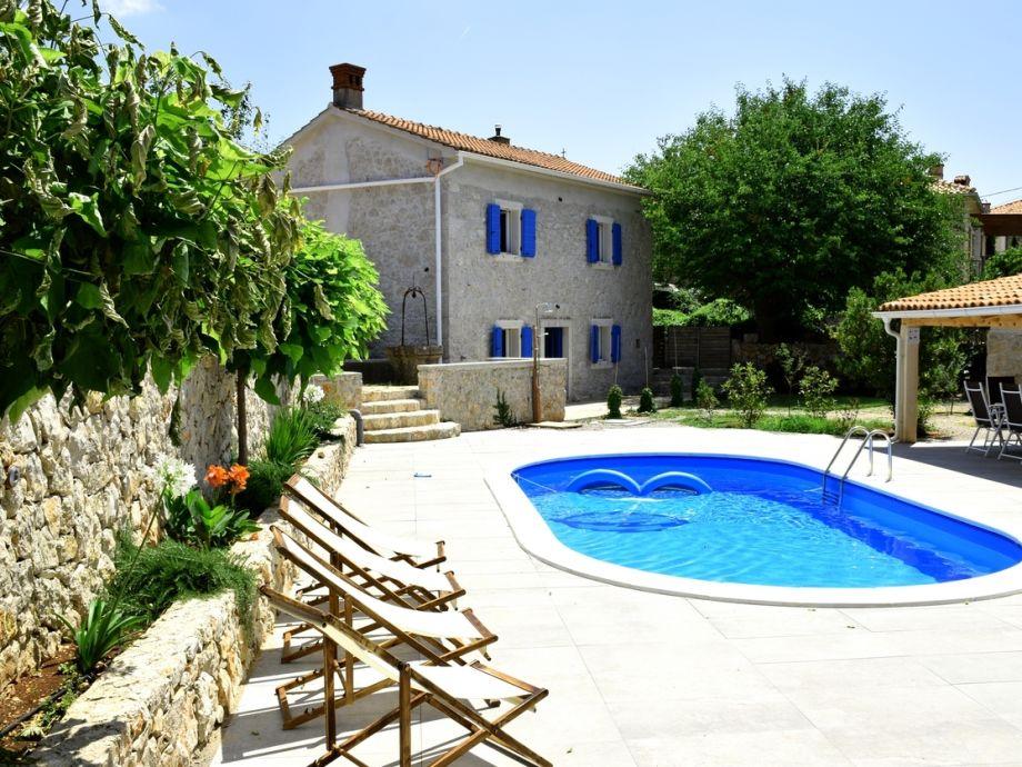 Ferienhaus mit Pool Ive