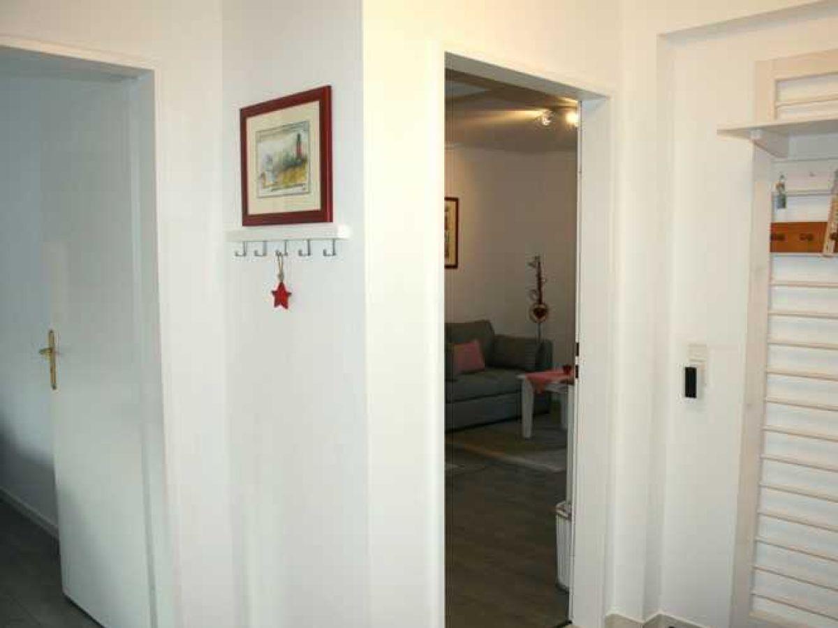 ferienwohnung 4 im haus sandwall wyk auf f hr firma ferien auf f hr gmbh frau ingrid weber. Black Bedroom Furniture Sets. Home Design Ideas