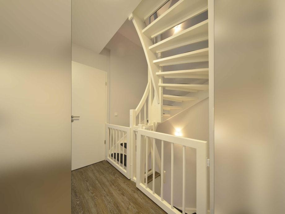 ferienwohnung haus am leuchtturm wohnung 4 wyk auf f hr firma ferien auf f hr gmbh frau. Black Bedroom Furniture Sets. Home Design Ideas